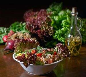 salad-1154395-m