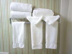 hotel-towels-253366-m