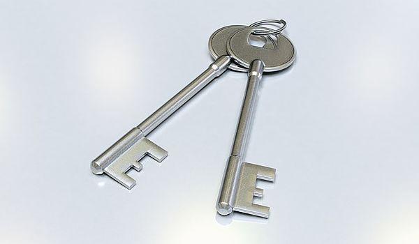 keys-2114366_640_opt